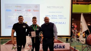 Lazdijų sporto centro jėgos trikovininkas Rokas Burba tapo štangos spaudimo sporto meistru!