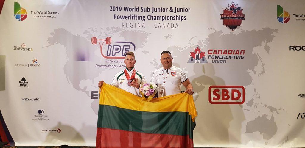 Lazdijų sporto centro auklėtinis Rokas Burba pasaulio jaunių jėgos trikovės vicečempionas!!!